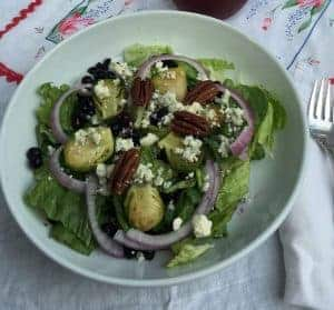 Wild Blueberry Holiday Salad with Wild Blueberry Vinaigrette