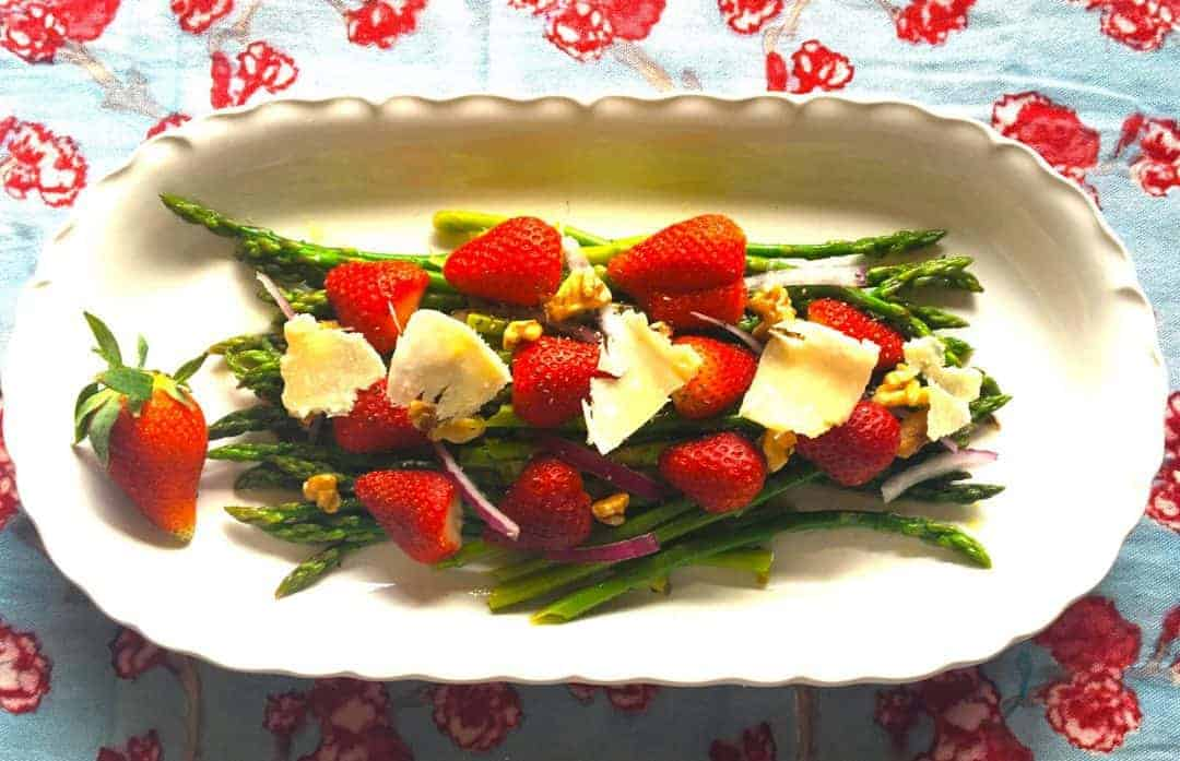 Spring Strawberry Asparagus Salad Recipe in one of the best anti-inflammatory diets