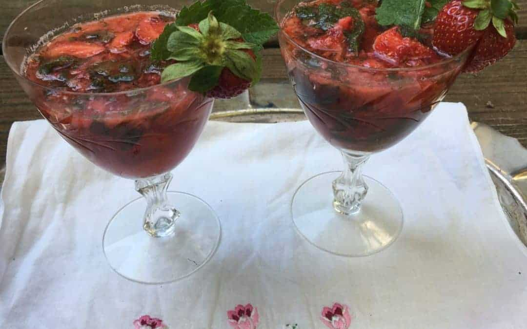 Strawberry Mint Lime Fizz