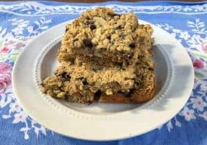 Oatmeal and Blueberry Breakfast Bars