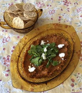 Mediterranean Carrot Dip with Crackers